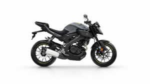 2017-Yamaha-MT-125-EU-Night-Fluo-Studio-002