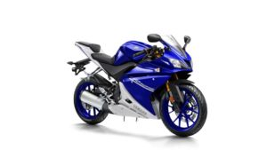 2017-Yamaha-YZF-R125-EU-Race-Blu-Studio-001